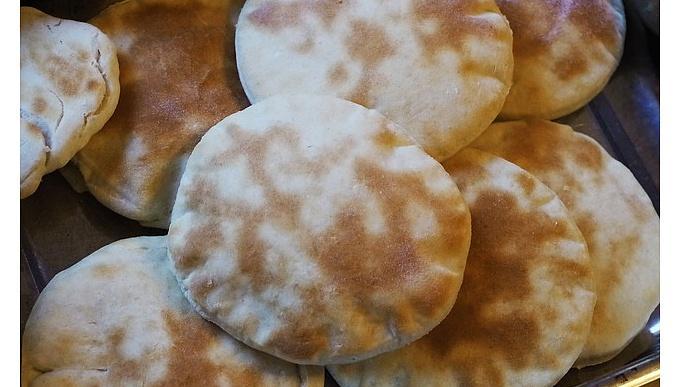 Lezzetli pita ekmeği nasıl yapılır?
