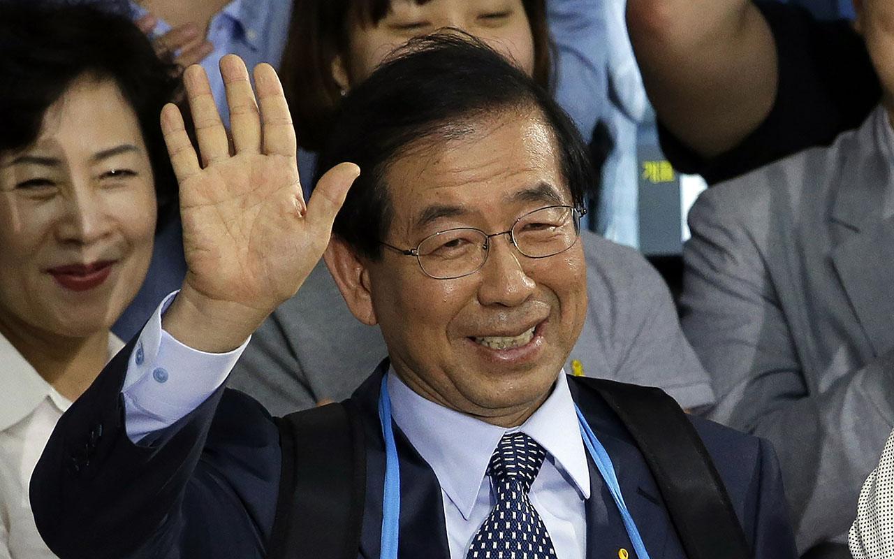 Kayıp olan Seul Belediye Başkanı Park Won-soon ölü bulundu
