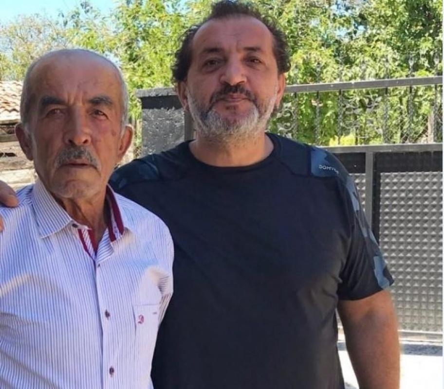 Masterchef Mehmet babasını kaybetti