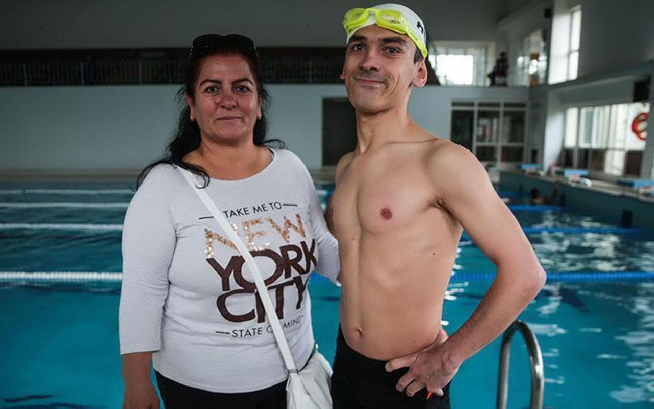 Su korkusunu yendi ve yüzmede 100 madalya kazandı!