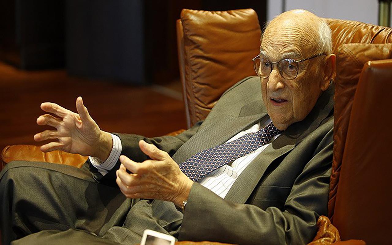 Dünyaca ünlü iş adamı Jak Kamhi hayatını kaybetti