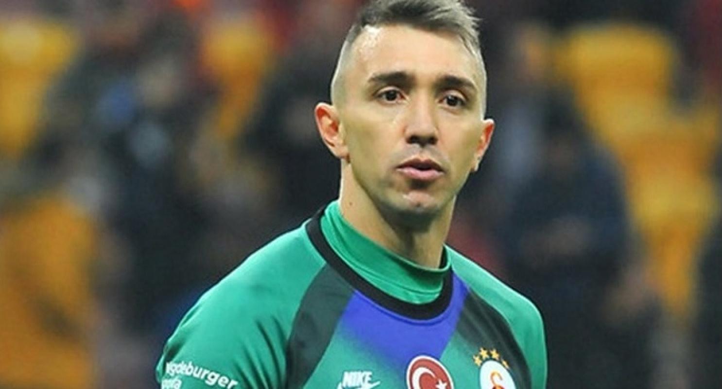 Galatasaray Fernando Muslera'nın lisansını askıya aldı