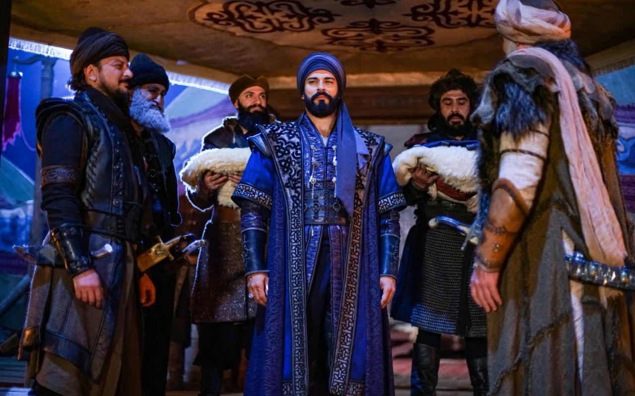 Kuruluş Osman'da Osman Bey, Kayı Obası'nda beylik postuna oturuyor