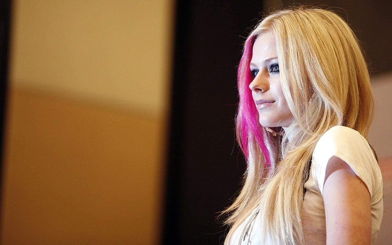 İşte Avril Lavigne'nin milyon dolarlık malikanesi!
